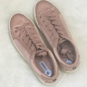 Bertie Platform Sneaker Pink Satin Steve Madden